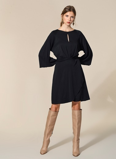 Agenda Bağlama Detaylı Elbise Siyah